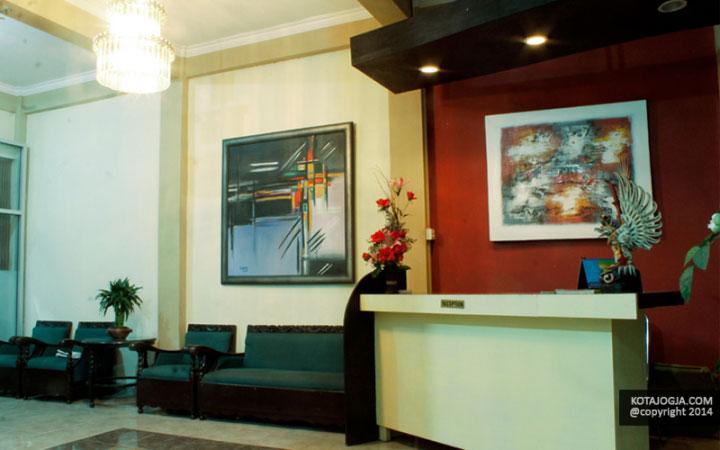 Lobby Emdi House.