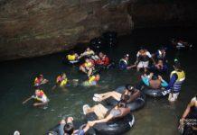Cavetubing di Gua Pindul