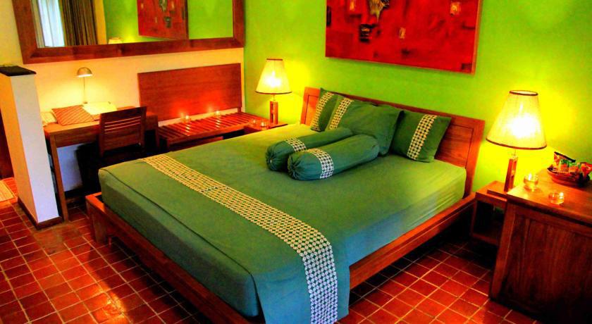 Suasana Kamar Hotel Rumah Mertua. Sumber: booking.com