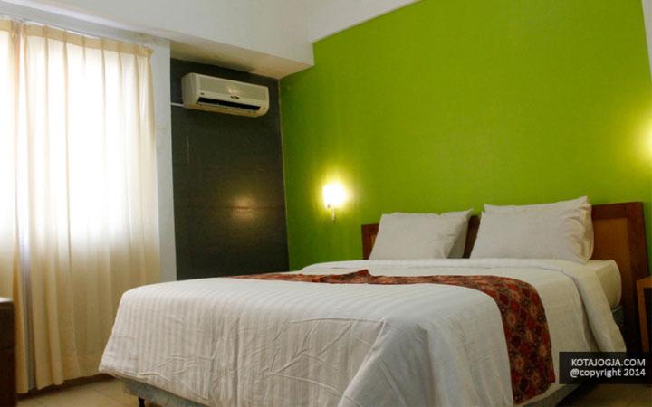 university-hotel-8