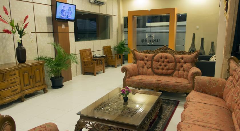 Lobby Hotel Wisma Aji. Sumber: booking.com