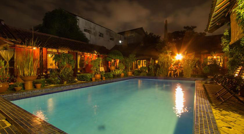 Kolam Renang Delta Homestay. Sumber booking.com