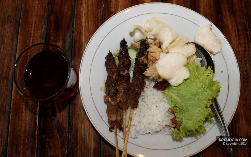 Nasi Dan Sate Jamur