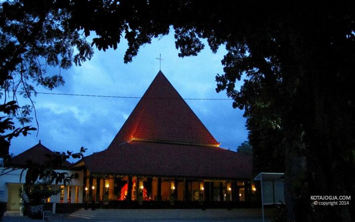 gereja-ganjuran-1