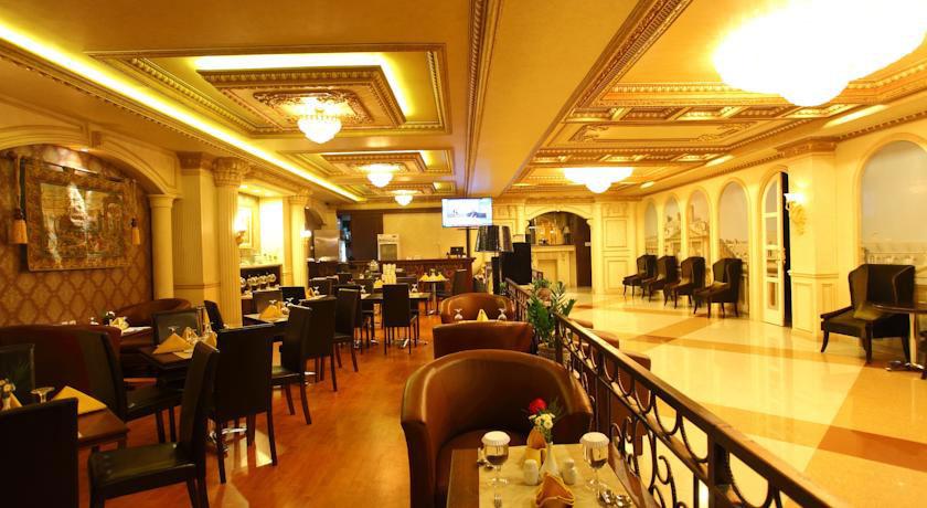 Restoran Kangen Boutique Hotel. Sumber: booking.com