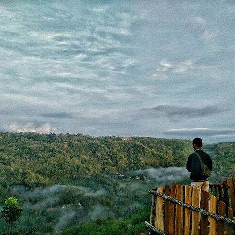 Bukit Mojo (sumber: foto IG anggaardani07)